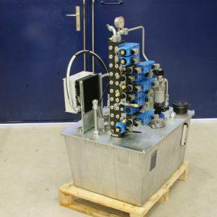 NG 120 alumíniumtartályos tápegység komplex tesztpadhoz
